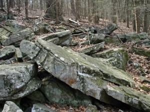 Huge rocks along the Fisherman's Trail.